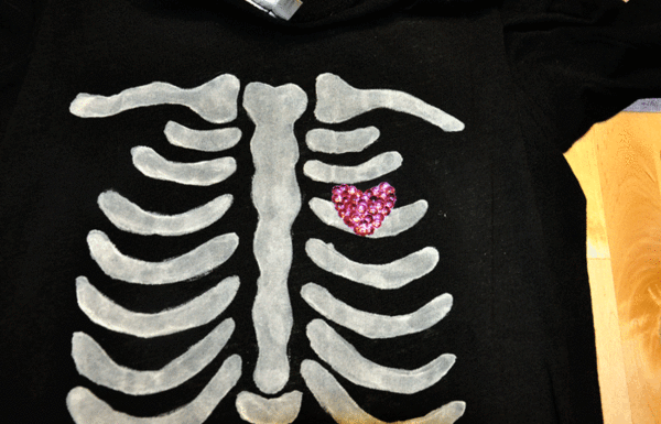 DIY Halloween Skeleton Baby Maternity Shirt - Sequin Heart
