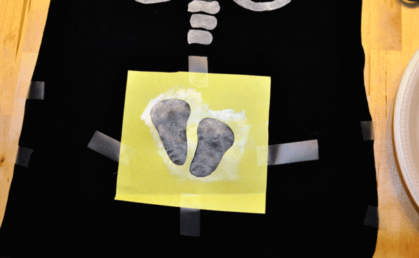 DIY Halloween Skeleton Baby Maternity Shirt - Baby Feet