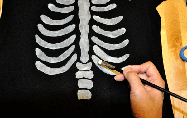 DIY Halloween Skeleton Baby Maternity Shirt - Paint Brush