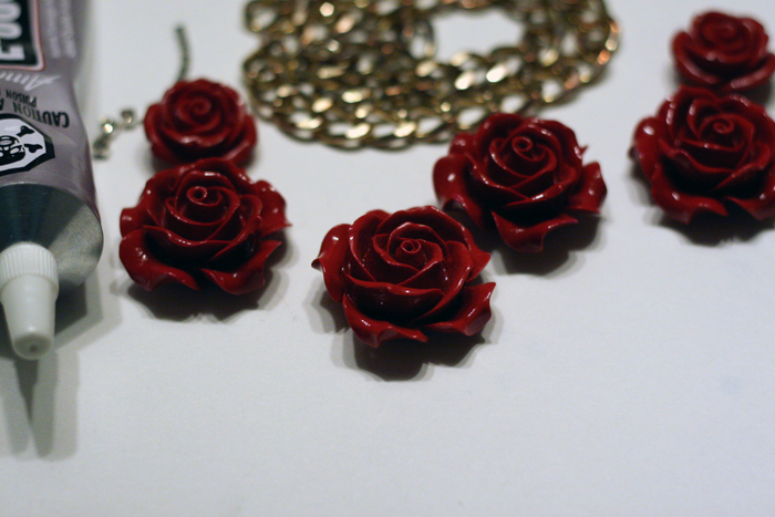 DIY Rose Beaded Necklace