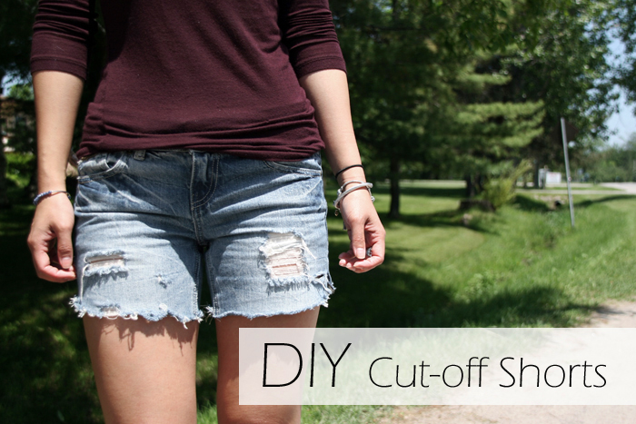 "Well, you're not alone. To never fail at this super-simple DIY project, we are sharing five tips that are sure to guide you in the right, ""I want her denim shorts"" direction. Keep reading to discover our five essential tips for how to make denim cutoff shorts from an old pair of jeans. We promise it couldn't be any easier."
