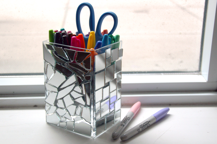 DIY Pencil Holder, DIY back to school, DIY office supplies, DIY mirror, DIY mosaic