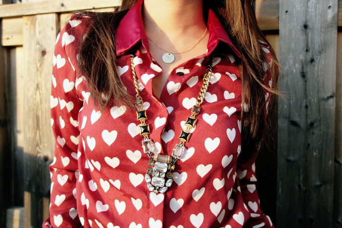 persunmall review, heart print blouse, christmas outfit, holiday outfit