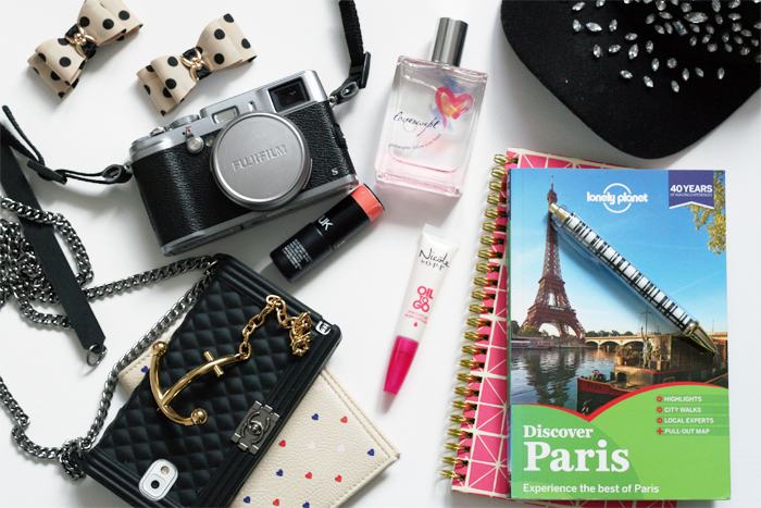 Packing for Paris with Henrys Giveaway