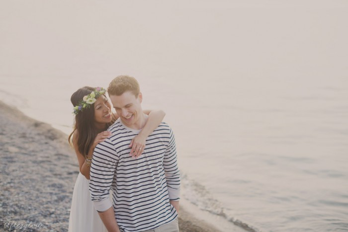 Afterglow_NatalieKyle_Niagara_Beach_Engagement_Photography028