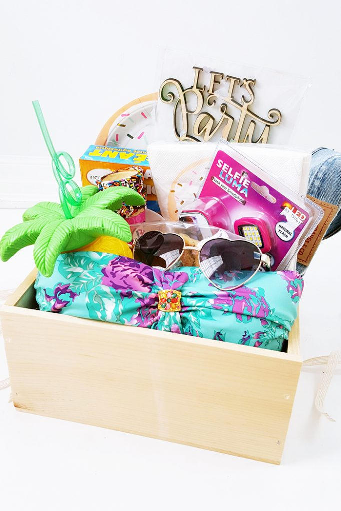 Dixie Mall BBQ Themed Backyard Party Gift Box 3