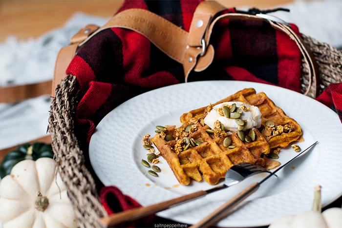 pumpkin-waffles-thanksgiving-brunch-3