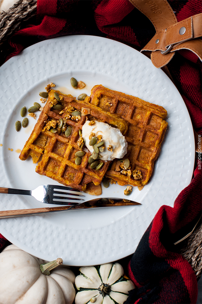 pumpkin-waffles-thanksgiving-brunch-4
