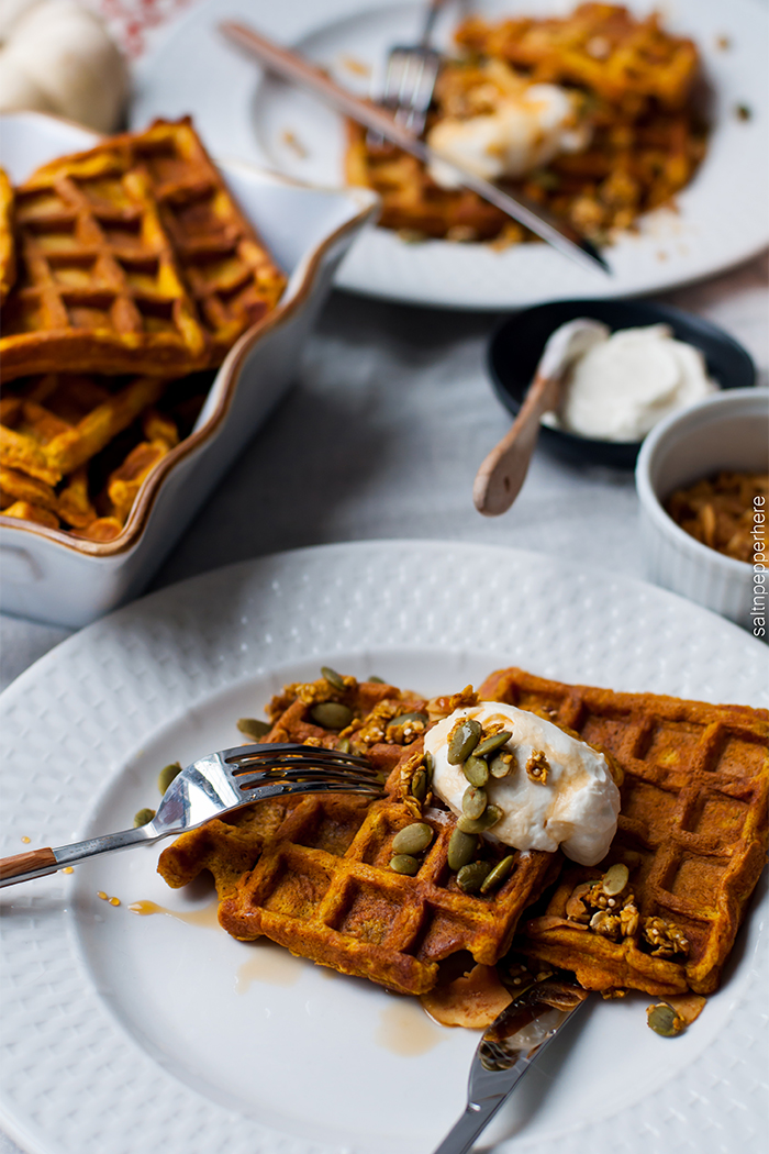 pumpkin-waffles-thanksgiving-brunch-5