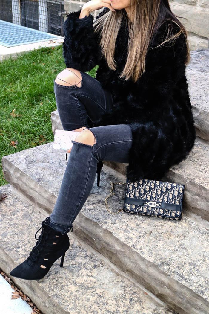 le-chateau-boots-faux-fur-coat