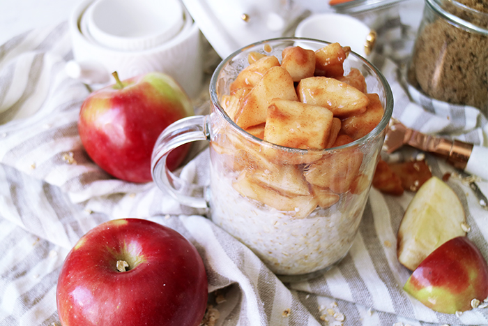 warm-apple-pie-oatmeal-3