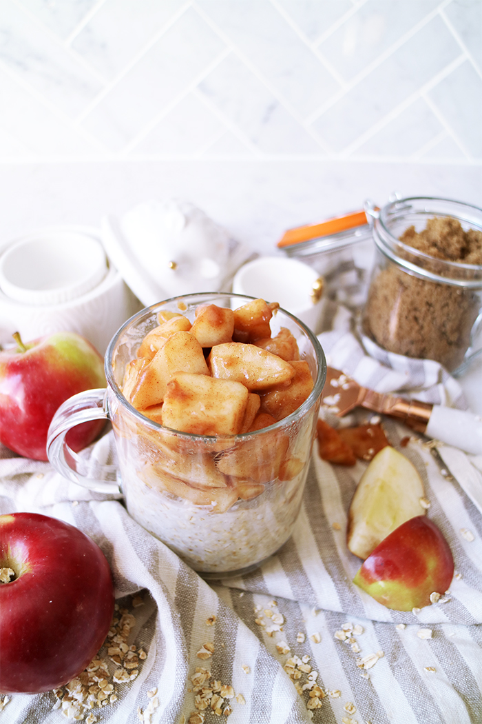 warm-apple-pie-oatmeal-4