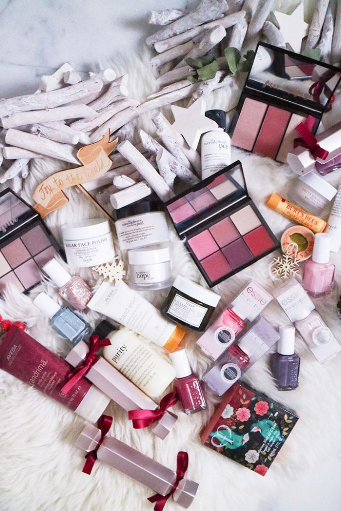 Beauty :: Gift Sets and Great Beauty Finds for this Holiday Season